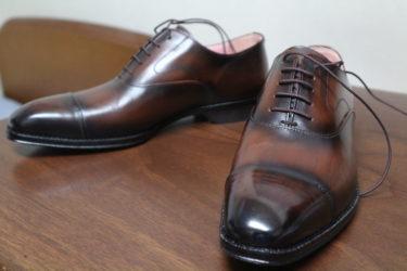 グラデーションが美しい!鞆ゑの革靴「桜」をレビュー。
