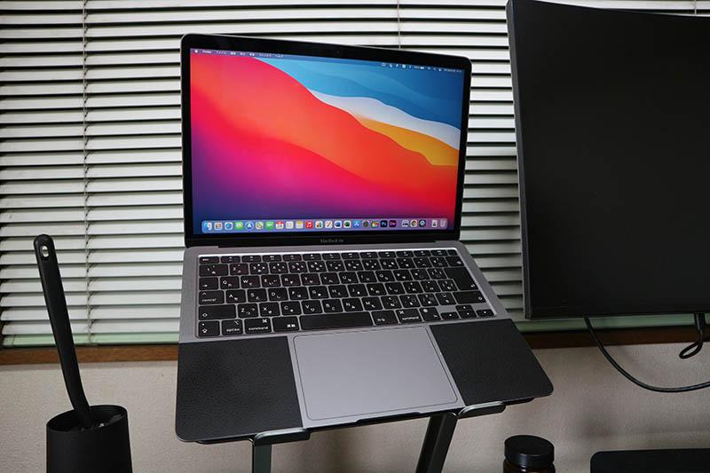 パソコン:Macbook Air 2020(M1搭載)